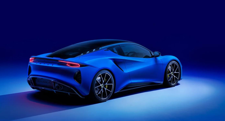 Компания Lotus начала продажи нового спорткара Lotus Emira